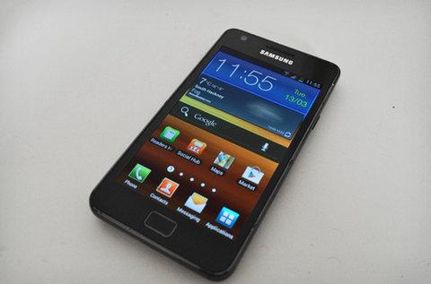 apple yêu cầu samsung nộp 30 usd cho mỗi smartphone