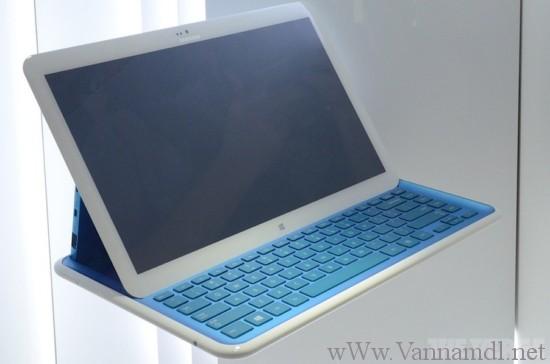 laptop cuc doc cua samsumg